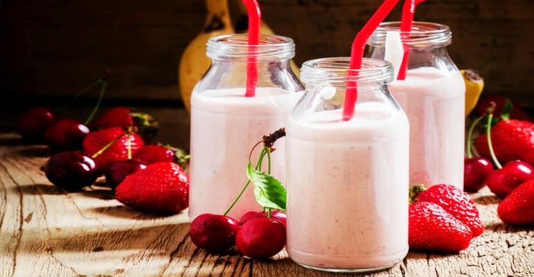 U.S. Sales of Yogurt Drinks Soar to $893 Million in 2016