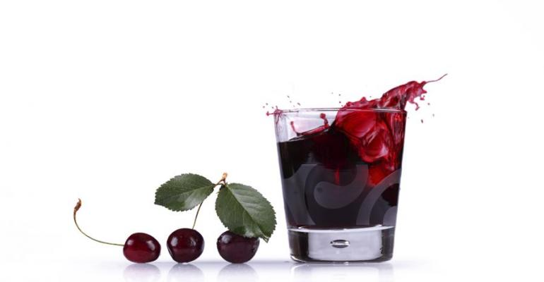 Tart Cherry Juice Boosts Athletic Performance, Helps Recovery