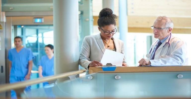 N.J. Gov. Signs Legislation Clearing Doctors to Dispense Supplements