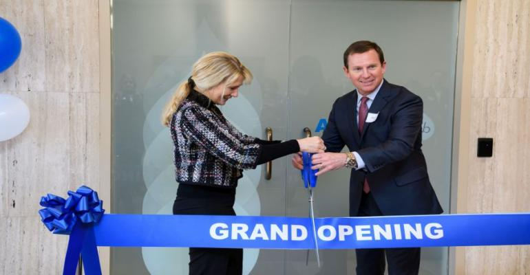 Terry Thomas, president AAK USA Inc. and Anne Mette Olesen, Chief Marketing Officer, AAK AB, cut the ribbon to officially open AAK's AAKtion Lab in Edison, New Jersey.